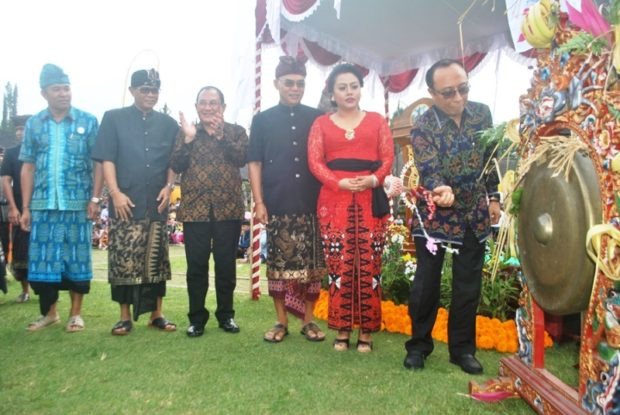 Kementerian Pariwisata Apresiasi Ulun Danu Beratan Culture and  Art   Festival III