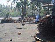 Abrasi Pantai Soka Mengkhawatirkan
