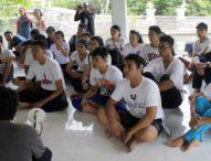 Sebelum Grand Final Selasa Malam, Teruna Bagus Teruni Jegeg Tanam Mangrove di Sanur