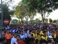 HUT Kota Negara, Ribuan Orang Tumpah ke Jalan Raya