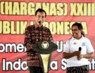Rayakan Harganas di Kupang, Jokowi Bagi-bagi Sepeda