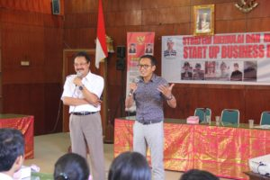 Made sarjana dan Made Marlowe Bandem memotivasi kepada peserta seminar
