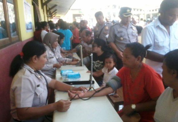 Tim Biddokes Mabes Polri Beri Layanan Kesehatan Gratis Untuk Warga Kupang