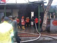 Rumah dan Toko Terbakar