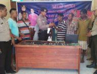 Warga Eks Timor Timur Serahkan Senpira Aktif ke Polisi