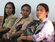 Maria Bahi Tetap Tersangka Korupsi-Teman-temannya Langsung Meninggalkan Ruang Sidang