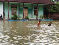 Puluhan Rumah dan Sekolah di Pengambengan Terendam Banjir