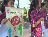 Peringati Hari AIDS, Siswa Turun ke Jalan