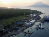 Terjun dari Ketinggian 7.000 Feet, TNI AL Menduniakan Lembata