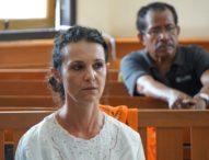 Terdakwa Sarah Bantah Keterangan Saksi Polisi