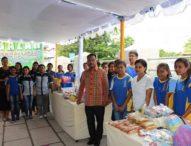 SMA Kristen Mercuzuar Kupang Gelar Bazar Kewirausahaan