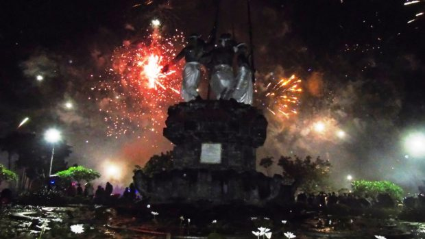 Sekitar 10.000 Warga Denpasar Rayakan Tahun Baru di Nol Kilometer
