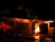 Malam Akhir Tahun, Toko Spare Parts Ludes Terbakar