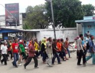 Jalan Kaki Hadiri Kampanye-Warga Solor Buktikan Dukung Yosni-Marius