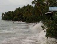 Gelombang Mengganas, Puluhan Rumah di Pantura Sikka Terancam Ambruk