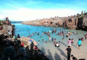 Pantai Tolanamon1