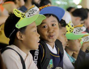 Anak-anak Panti Asuhan Rumah Yatim memperingati Hari Bumi di Bali Safari