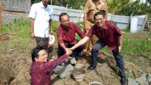 Prof. Bandem, IB Dharmadiaksa dan Dadang Hermawan