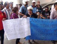 Honor Tak Terbayar, Anggota Panwaslu Kupang Demo ke DPRD