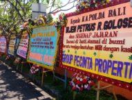Dukung NKRI, Karangan Bunga dari Warga Bali Penuhi Mapolda