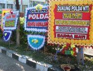 Tolak Radikalisme, Warga Kupang Kirim Ratusan Karangan Bunga ke Polda NTT