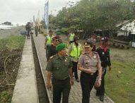 TNI, Polri dan Pecalang Patroli Kelompok Radikal