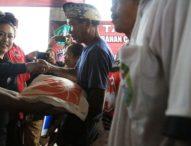 Gagal Melaut, Bupati Serahkan Bantuan Beras Kepada 3476 Nelayan