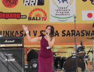 Mahasiswi STIKOM Bali Juara Lomba Nyanyi Bunkasai V STIBA Saraswati