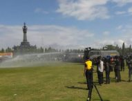 Masa Demonstran Anarkis, Polisi Tembakan Gas Air Mata & Water Canon