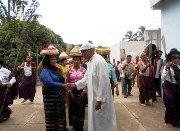 Kearifan Lokal adalah Nafas Toleransi Masyarakat NTT  – Oleh Pastor Kopong Tuan MSF