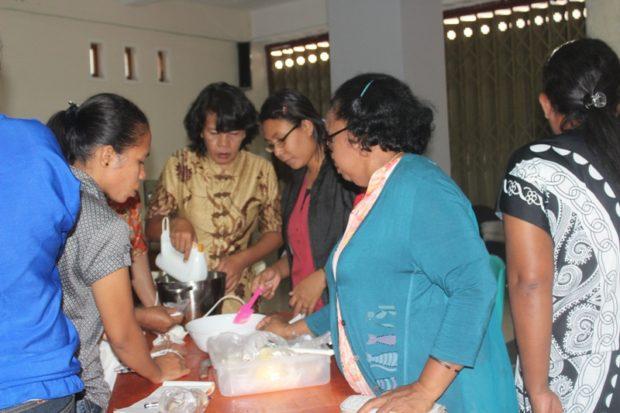 Impikan Warung Diet di Flotim, Dinkop dan Duta Cafe Merakyatkan Panganan Sorgum