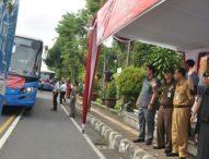 Bupati Eka Lepas 12 Armada Mudik Gratis ke Jawa Timur