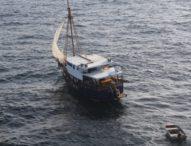 Mati Mesin Semalaman, SAR Denpasar Temukan KM Pascha di Selat Bali