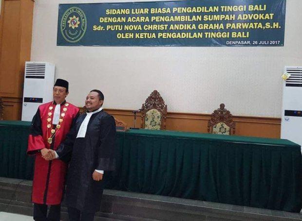 Ketua Pengadilan Tinggi Bali Menyumpah Advokat Diduga Bodong