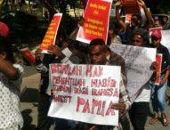 Demo di Depan Konjen Amerika – Mahasiswa Papua Melawan Lupa Biak Berdarah