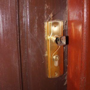 Belum dipakai, gagang pintu sudah lepas