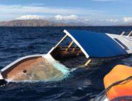 Kapal Wisatawan Tenggelam di Pulau Komodo