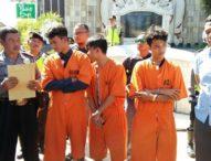 Ditangkap, Dua Tukang Ojek Paksa & Rayu Wisatawan di Kuta