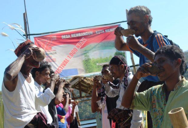 Festival 1000 Neak Tuak, Warga Waibao Ikrar Sukseskan Desa Membangun, Kota Menata