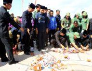 Gubernur Pecah Celengan Amal di HUT Pemrov Bali ke-59, Terkumpul Rp 207 Juta Lebih