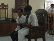 Dituntut 18 Tahun Penjara, Bule Afsel Pengimpor Sekilo Sabu Menangis