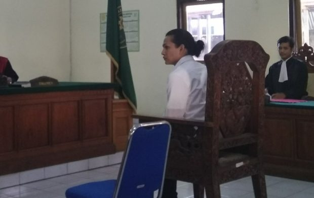 Tanpa Hak Miliki 3.09 Gram Sabu, Waria Ini Dihukum  6,5 Tahun Penjara