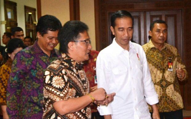 Jokowi Bagikan 3500 Sertifikat Tanah di Badung