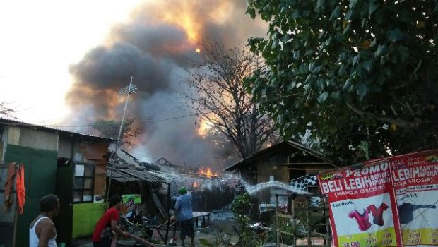 Akibat Konsleting Listrik, Kampung Pemulung Dihuni 80 KK Ludes Terbakar
