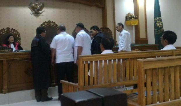 Terbukti Korupsi, Oknum  PNS Dishub Badung Hanya  Divonis Percobaan