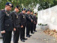 Di Monumen Bom Bali di London,  Kapolda Bali Berdoa untuk Para Korban