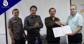 Guru Besar dari Yunani ke STIKOM Bali