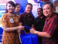 Walikota Kagum Si Bused – Kunjungi Stand STIKOM Bali Usai Buka DTIK Festival V