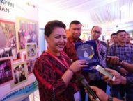 Bupati Tabanan Eka Wiryastuti Terima Pamsimas Award