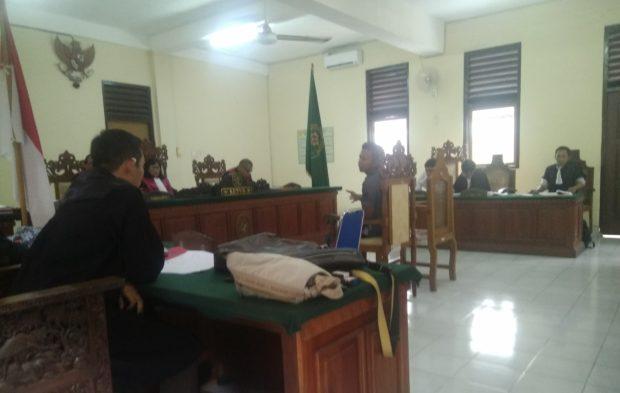 """Sidang kasus 19 Ribu Pil Ekstasi-Jadi Saksi, Penyidik Bantah """"Paksa"""" Iskandar Halim Tandatangani BAP"""